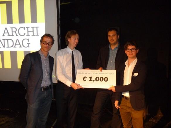 [S!MPL] wins BNA Architectenweb Dragons' Den